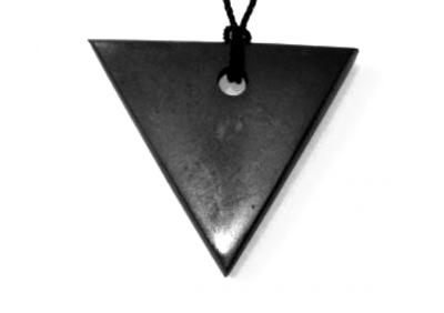 shungite-pendant-triangle-for-women